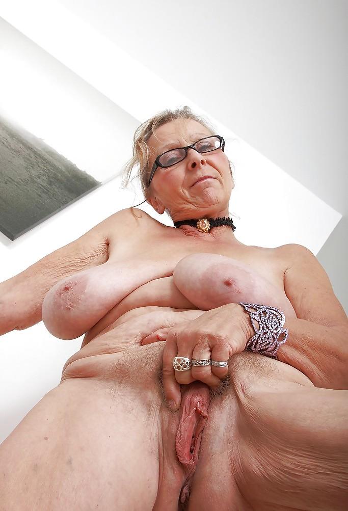 бабушку censored